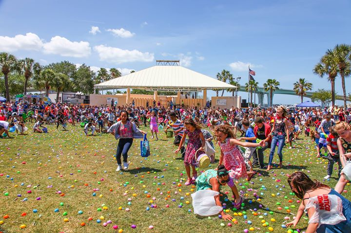 Thousands Enjoy Ginormous Easter Egg Hunt at Coachman Park on Easter Sunday
